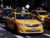 باحثون يقضون عامين لكشف مصاعب العمل كسائق تاكسى