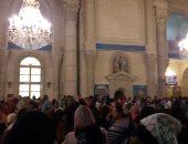 صور.. الكاتدرائية المرقسية بالإسكندرية تحتفل بأحد السعف