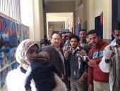 صور.. إقبال كبير من الشباب على لجان الاستفتاء بالاسكندرية