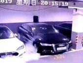 فيديو.. انفجار سيارة تسلا الكهربائية.. والشركة تبدأ التحقيق