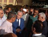 محافظ الأقصر يتفقد لجان الاستفتاء بمدينة الزينية ويلتقى عدد من المواطنين