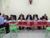 اللجنة العامة بالشيخ زايد تستقبل محاضر الفرز من اللجان الفرعية