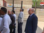 عادل العدوى وزير الصحة الأسبق يدلى بصوته فى الاستفتاء على التعديلات الدستورية