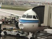 صور جديدة لطائرة كويتية بعد ارتطامها بكتلة ثلجية فى مطار رفيق الحريرى ببيروت