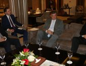 محافظ جنوب سيناء يلتقى وفد بيلا روسيا ويتسلم رسالة تهنئة بأعياد تحرير سيناء