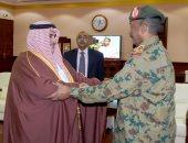 وزير خارجية البحرين ينقل رسالة مؤازرة من الملك حمد للفريق عبد الفتاح البرهان