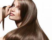 وصفات طبيعية للحصول على شعر لامع وناعم كالحرير