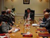 """وزير قطاع الأعمال العام يشهد اتفاقية إعادة هيكلة """"القابضة للقطن والغزل"""""""