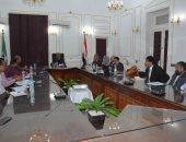 محافظ المنيا يتابع إجراءات إنشاء مشروع مدينة العمال بحى جنوب