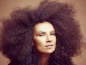 """""""روح موسيقى الصحراء"""".. أوم تستعد لإطلاق ألبومها الجديد """"دابا"""""""