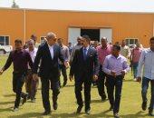 محافظ قنا والرئيس التنفيذى للهيئة العامة للاستثمار يبحثان دعم الاستثمار بالمنطقة الحرة بقفط