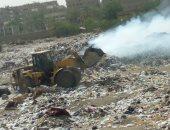 أهالى شارع مجمع المصانع بالزاوية الحمراء يشكون من حرق القمامة