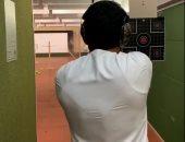 ولى عهد بدرجة قناص.. قدرة فائقة فى التصويب للشيخ حمدان بن راشد.. فيديو وصور