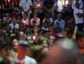 """صور .. مظاهرة على """"ضوء الشموع"""" فى فنزويلا احتجاجا على ضحايا أعمال العنف"""