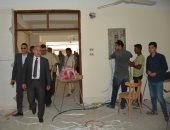 رئيس جامعة أسيوط يتابع أعمال تجديد صالات الامتحانات لاستيعاب 8 آلاف طالب