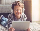 دراسة تحذر من استخدام الأطفال للهواتف الذكية قبل  11 عاما