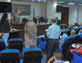محافظ الإسكندرية يعقد اللقاء الجماهيري الدوري للمواطنين ويستمع إلي شكواهم