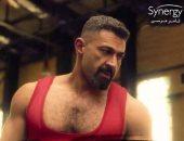 """حالة نفسية تدفع ياسر جلال لاعتزال المصارعة بالحلقة الثانية من """"لمس أكتاف"""""""