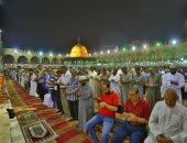 ما حكم سبق الإمام فى صلاة الجماعة؟.. اعرف رد الأزهر