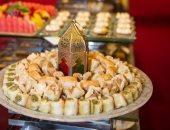 لو بتحبى الحلويات وخايفة وزنك يزيد.. اعرفى تأكلى إيه ومتاكليش إيه فى رمضان