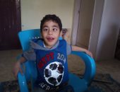 صور.. قصة طفل بالمنوفية يعانى من فقدان النطق منذ ولادته.. ووالدته تطالب بعلاجه