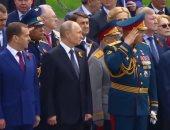 بوتين يضع إكليلا من الزهور على قبر الجندى المجهول احتفالا بذكرى النصر