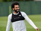 ليفربول ينتظر هدية محمد صلاح لمعادلة إنجاز أرسنال ومان يونايتد