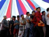 صور.. الآلاف يحتشدون لاختيار نواب ورؤساء البلديات فى الفلبين