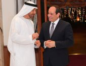 ولي عهد أبو ظبى يغادر مطار القاهرة بعد لقاء الرئيس السيسى