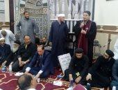 صور.. قساوسة وأقباط يشاركون بافتتاح المسجد الكبير فى ديروط بأسيوط