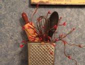قبل ما ترميها.. أدوات المطبخ القديمة ديكورات جديدة في منزلك