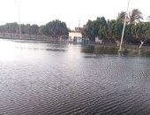 أهالى كورنيش قنا يستغيثون لإنقاذه: المياه أغرقت النجيلة