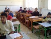 طلاب كفر الشيخ: أدينا الامتحان ورقى وعلى التابلت ونتمنى إصلاح أعطال المنصة