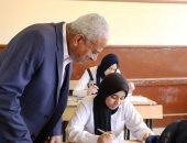 محافظ السويس يتعهد بتذليل أى عقبات أمام المراقبين فى امتحانات الدبلومات الفنية
