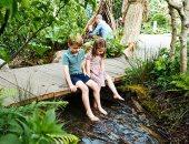 """لعب وحب.. دوق ودوقة كامبريدج وأطفالهم يلهون فى حديقة """"العودة للطبيعة"""""""