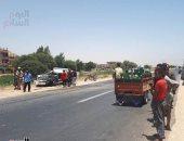 إصابة 6 أشخاص إثر حادث تصادم سيارتين أعلى الطريق فى البدرشين