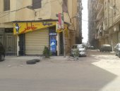 """شكوى من وضع """"خوازيق"""" فى شارع النصر بسموحة لمنع ركن السيارات"""
