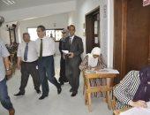 إجراءات إحترازيه لمواجهة ارتفاع درجه الحرارة بجامعة القناه أثناء الإمتحانات