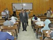 """""""الهندسة"""" ضمن الزيارات التفقدية لرئيس جامعة المنيا فى خامس أيام الامتحانات"""