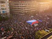آلاف المتظاهرين يطالبون باستقالة وزيرة العدل ورئيس وزراء التشيك
