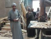 """""""الصنعة علينا والخشب عليكم""""..حكاية ورشة الحج محمود فى صناعة المنابر بقنا"""