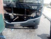 إصابة شخصين فى حادث تصادم سيارة وتوك توك بحلوان