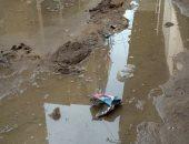 أهالى قرية برنشت بالعياط يشكون من كسر ماسورة مياه