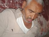 """فيديو وصور ..""""العم شال الهم"""".. عجوز فقد نجله وزوجته وحرمه أبناء شقيقه من الإرث"""
