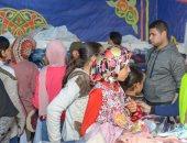 معرض لتوزيع ملابس جديدة مجانًا على الأسر الاكثر احتياجا بالغربية