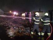 صور.. الدفاع المدنى ينجح فى إخماد حريق شب بمصنع بولاية نزوى فى سلطنة عمان