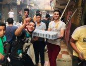 أحمد يشارك بصور تجهيز مائدة الرحمن بسوق الخميس فى المطرية