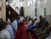 صور.. حضور كثيف من المصلين لأداء التراويح فى ليلة الثالث والعشرين من رمضان