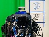 روبوت جديد يعلم نفسه كتابة 10 لغات من بينها اليابانية والعربية.. فيديو