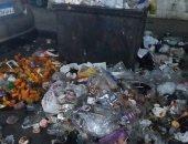 صور.. شكوى من تراكم القمامة فى شارع شبرا